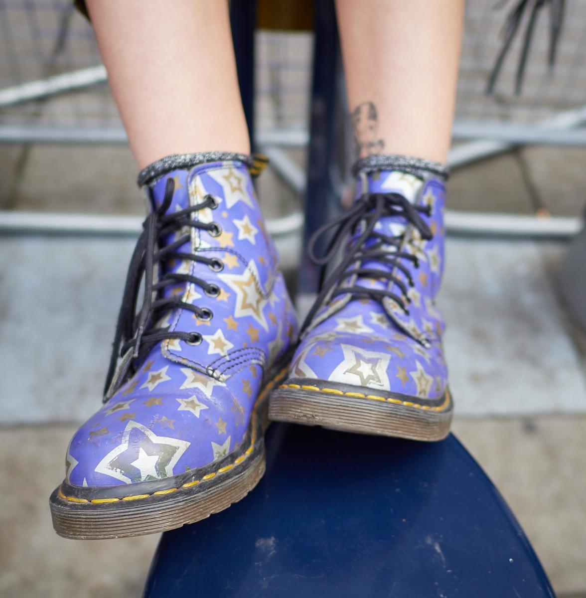 Shoes1600x1200 sRGB.jpg