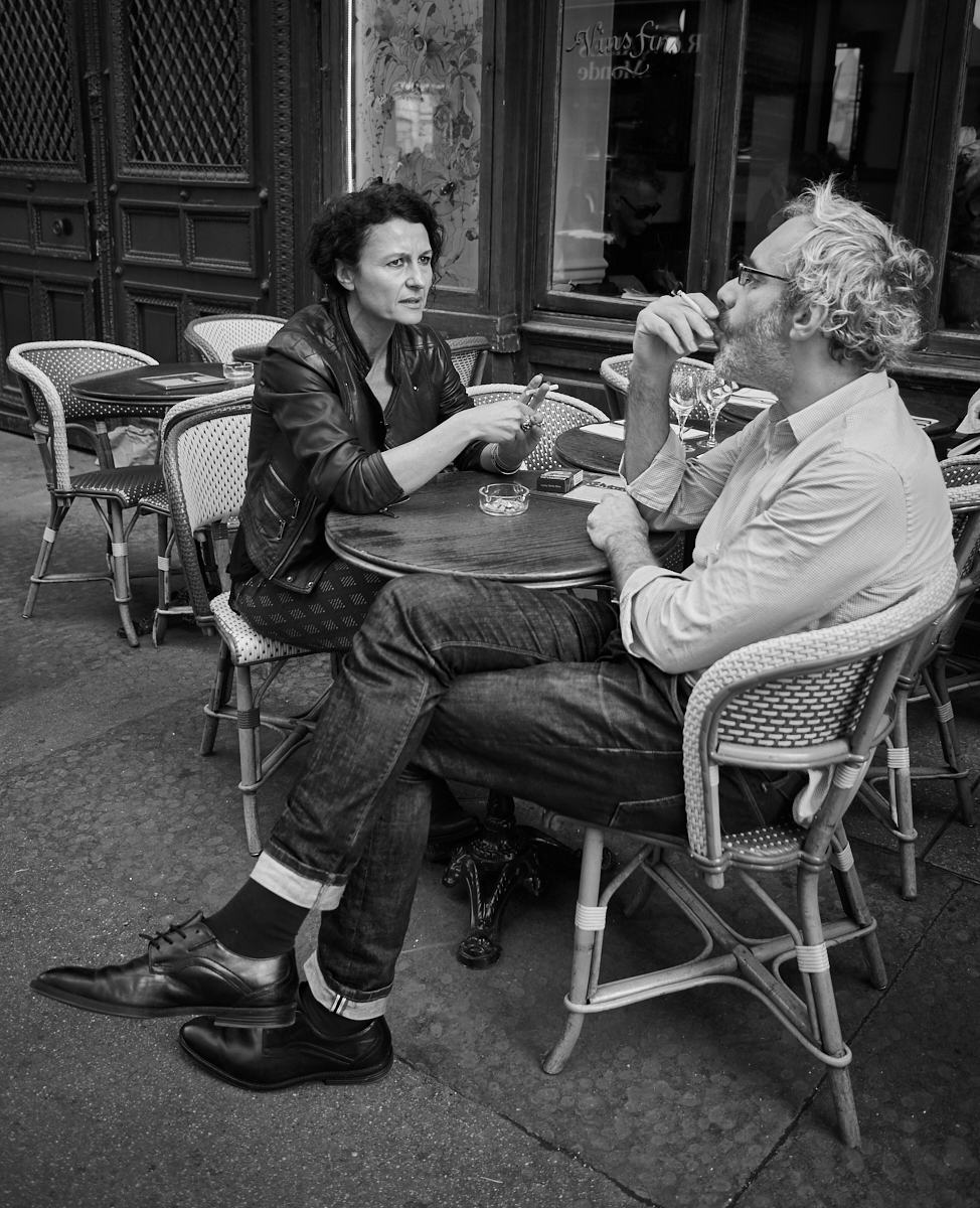 Parisian cafe scene1600x1200 sRGB.jpg