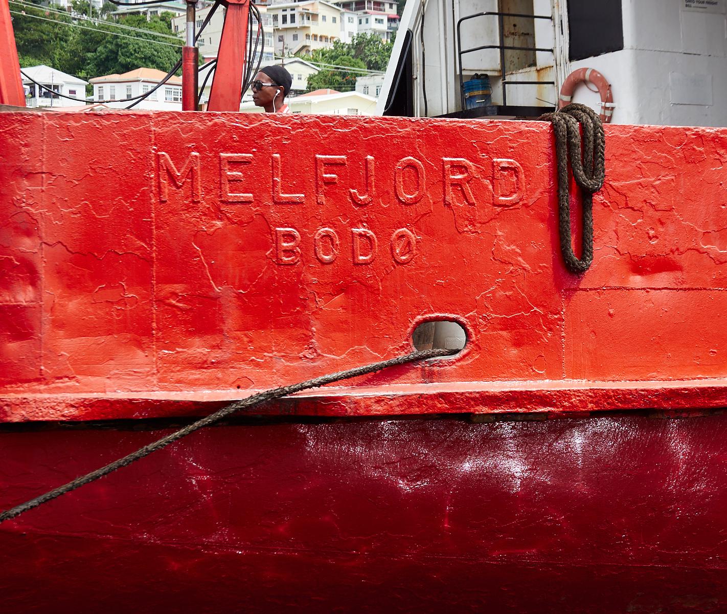 Melfjord1600x1200 sRGB.jpg