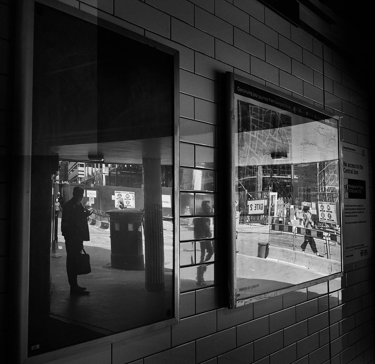 Whitechapel station1600x1200 sRGB 3.jpg