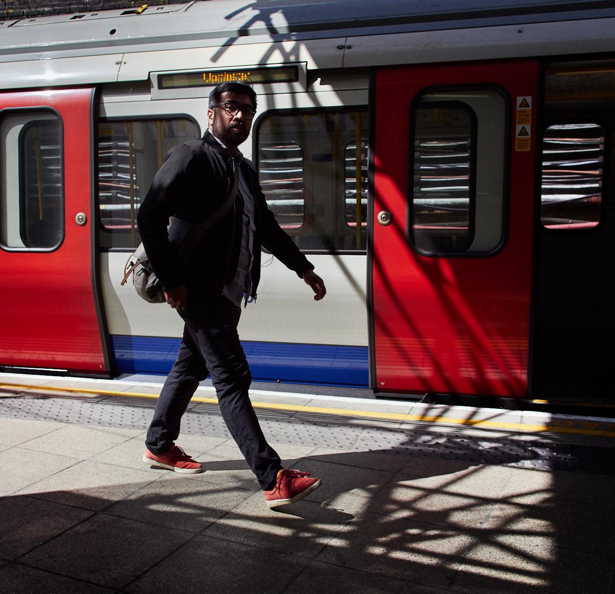 Whitechapel station1600x1200 sRGB.jpg