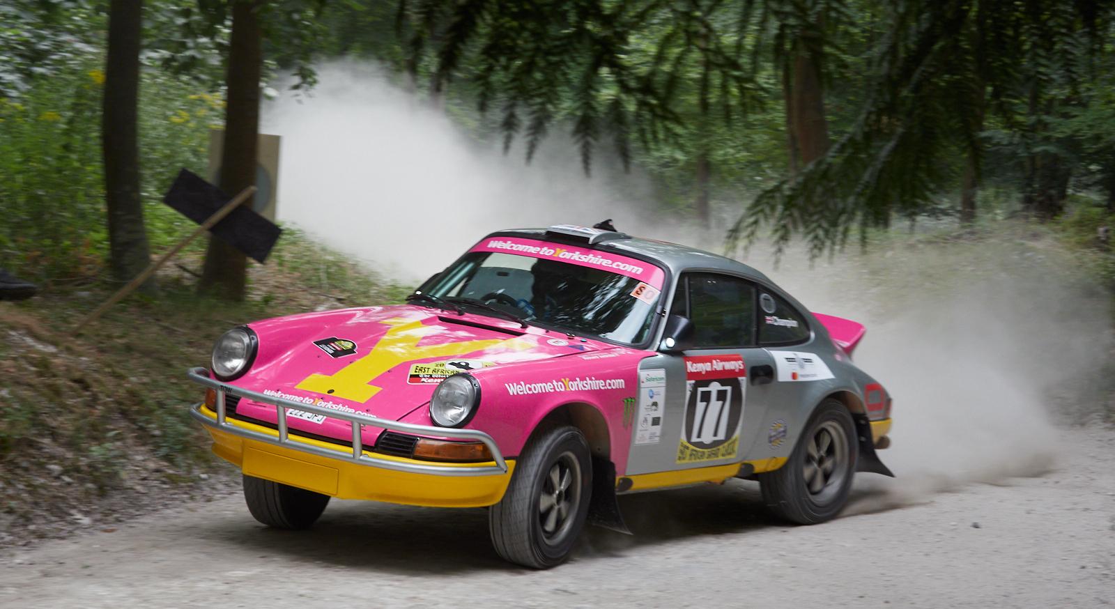 911 dust 1600x1200 sRGB.jpg