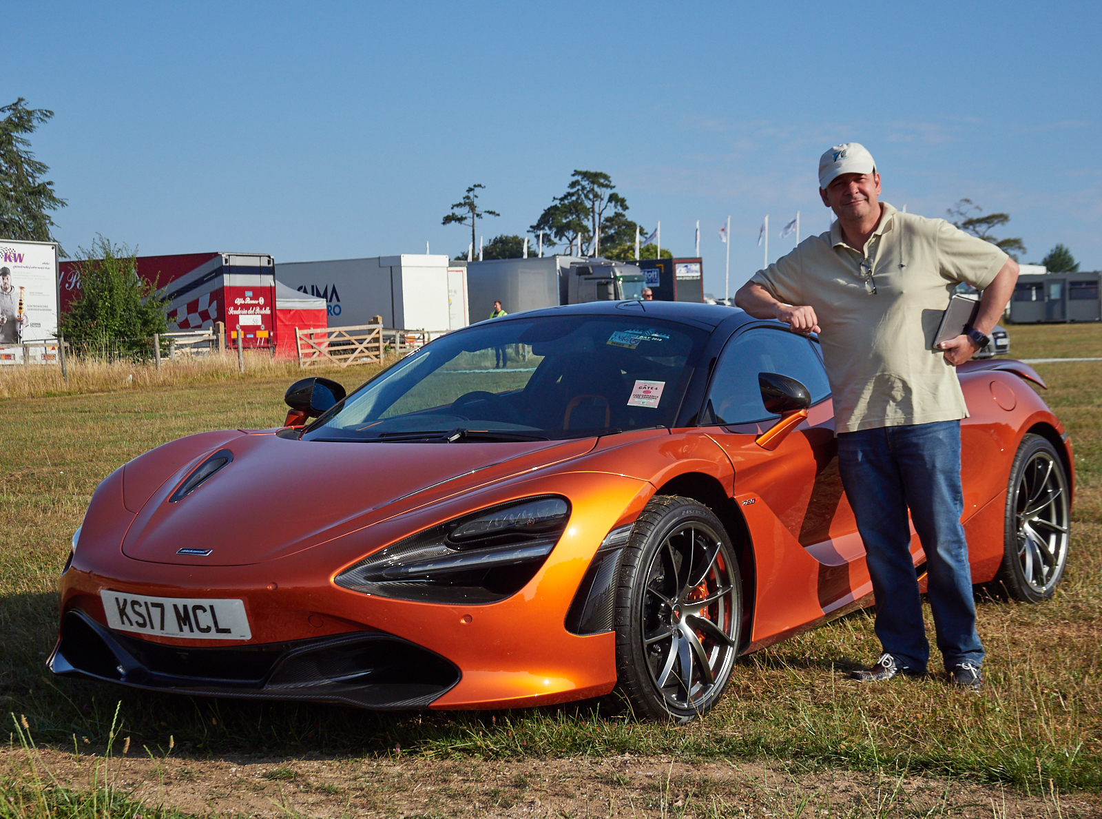 Miguel and McLaren1600x1200 sRGB.jpg