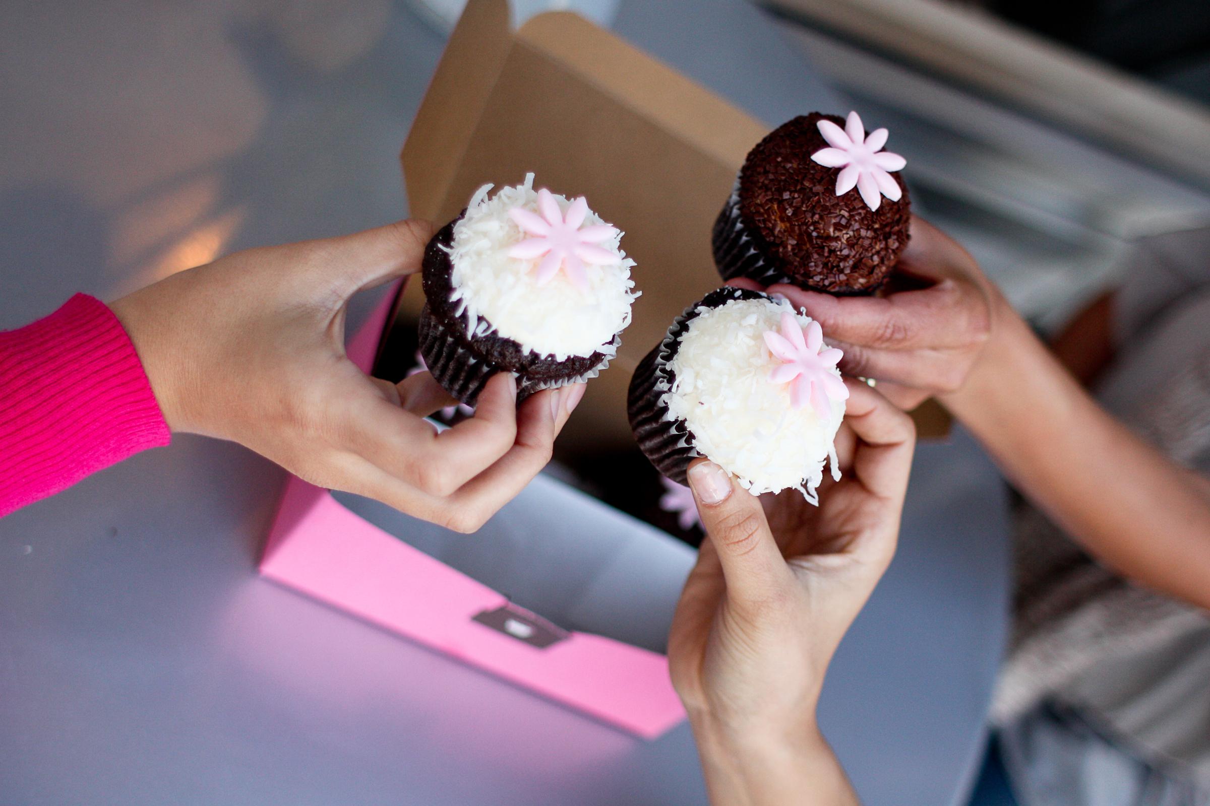 04.2011-Kara's Cupcakes-2519.jpg