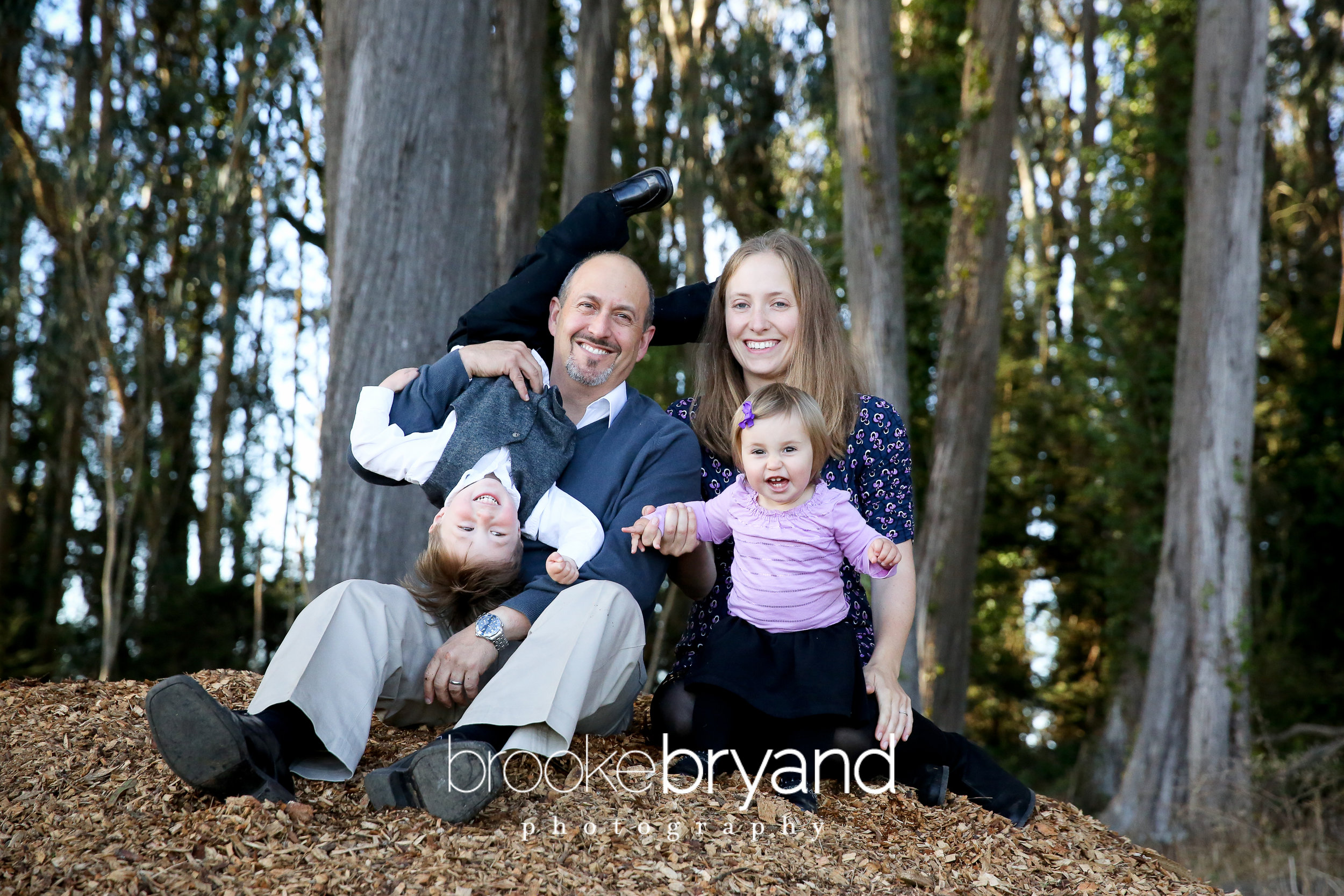2up-brooke-bryand-photography-san-francisco-family-photographer-presidio-family-photo-locations-BBP_1964.jpg
