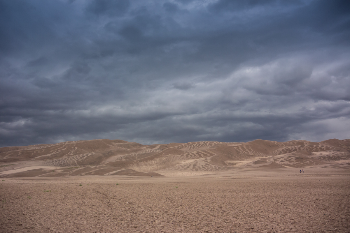 Approach to Sand dunes National Park