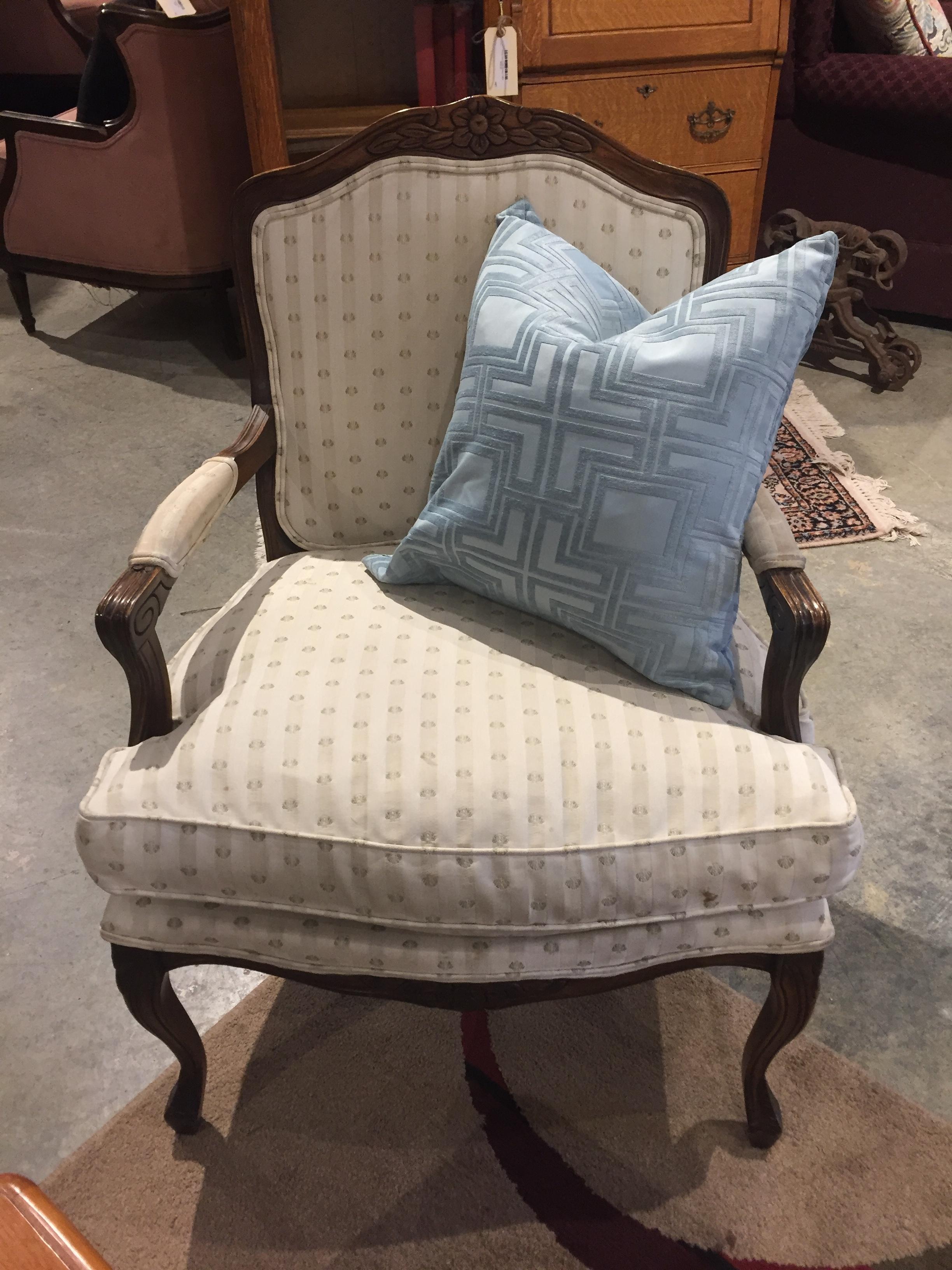 Cream Side Chair $59.95 - C0992 22499