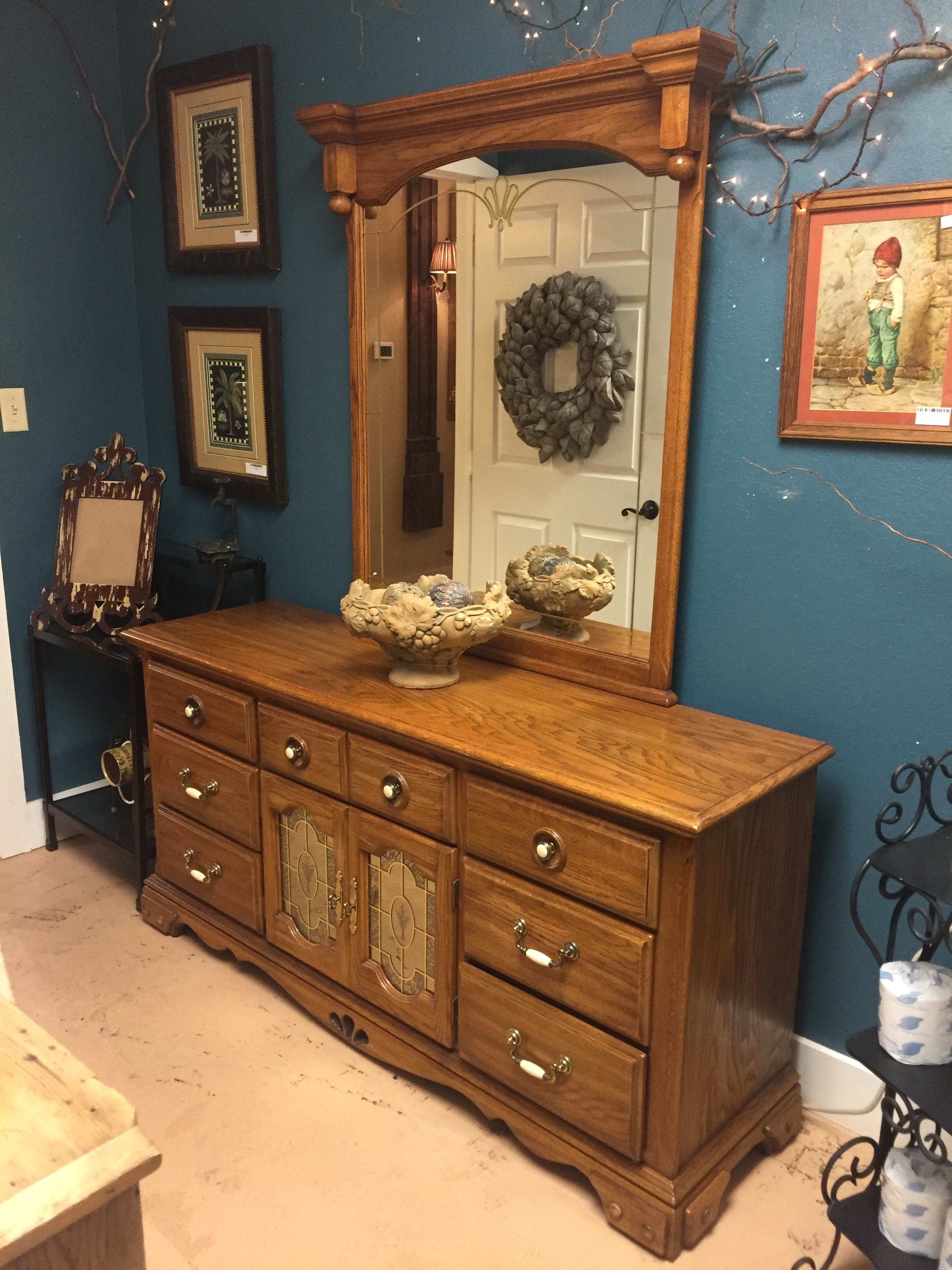 Dresser with Mirrored Doors $199.95 - C0929 20165