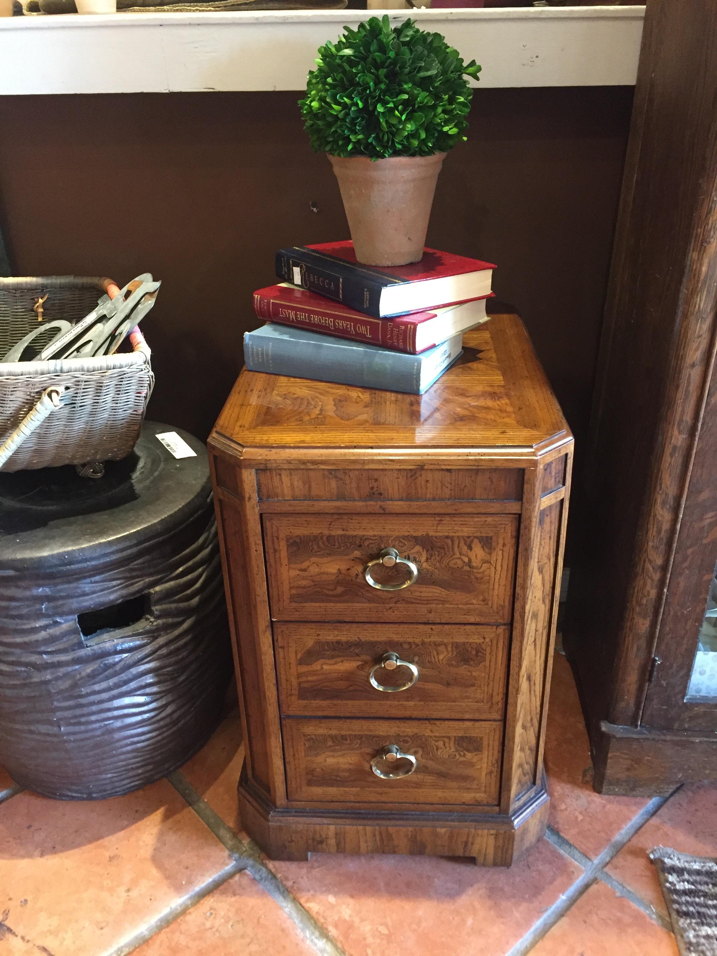 Heritage Side Table $99.95 - C1023 21161