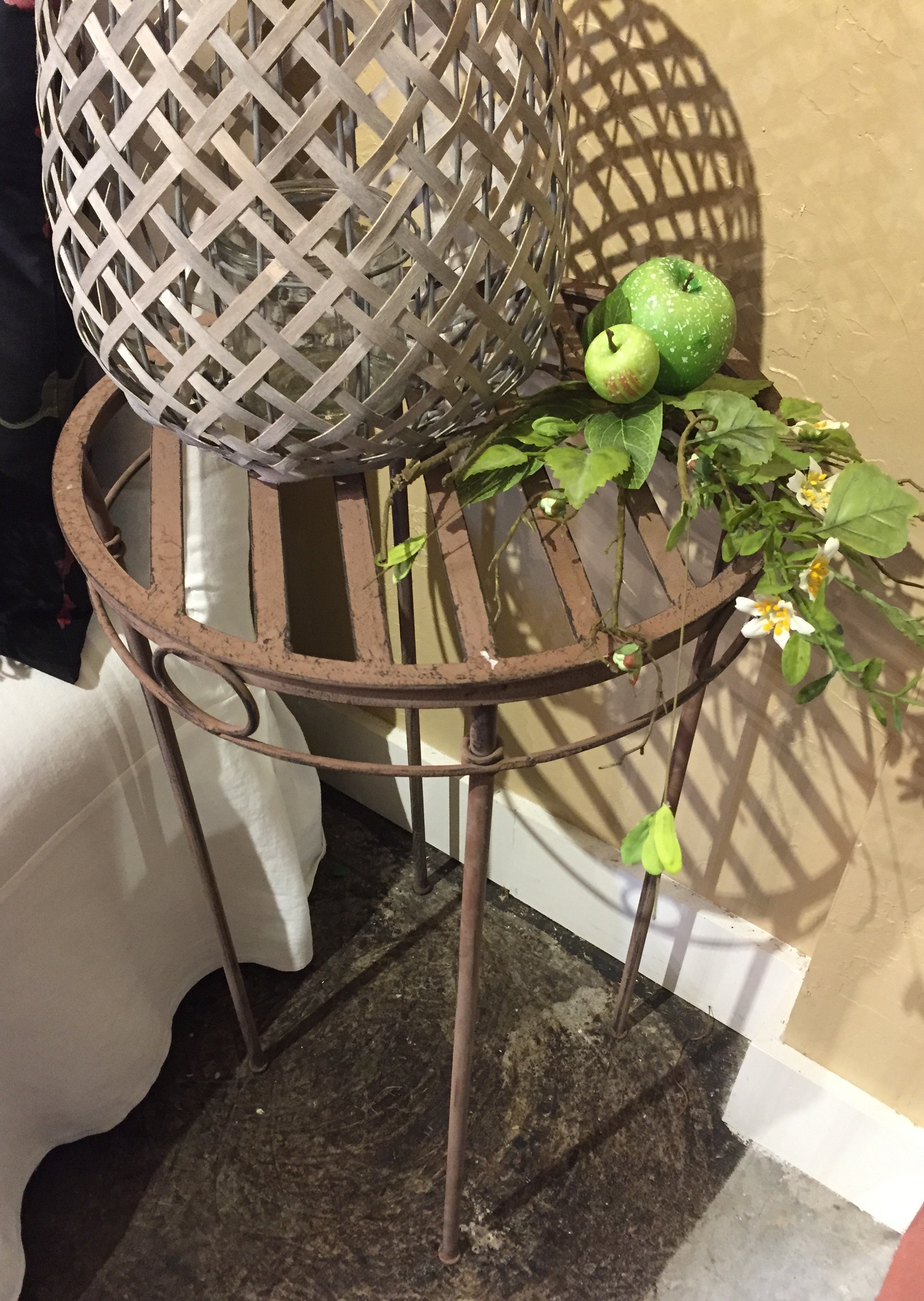 Metal Plant Stand $34.95 - C1074 22744