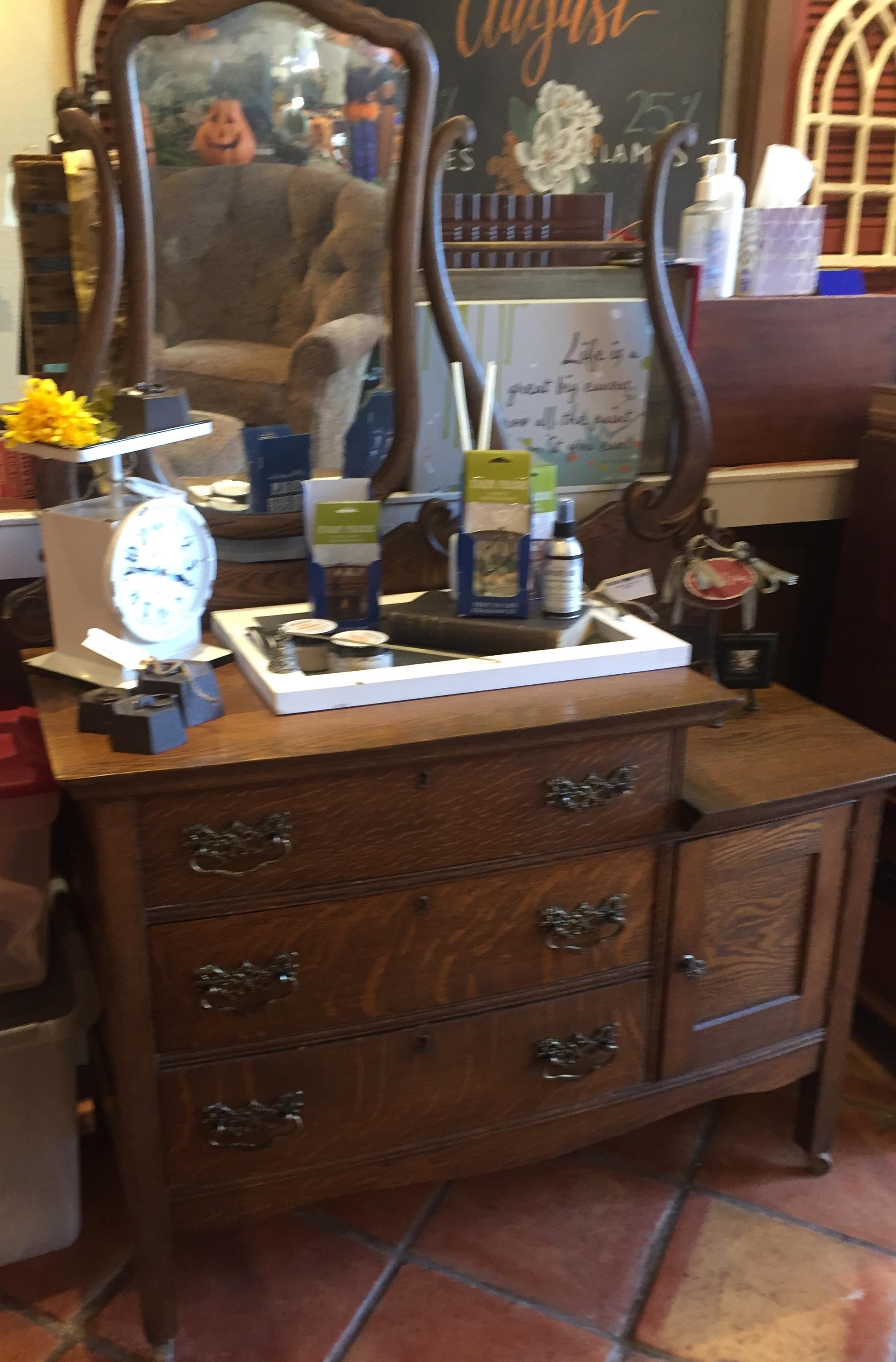 Tiger Oak Dressing Table $389.95 - C1085 24428