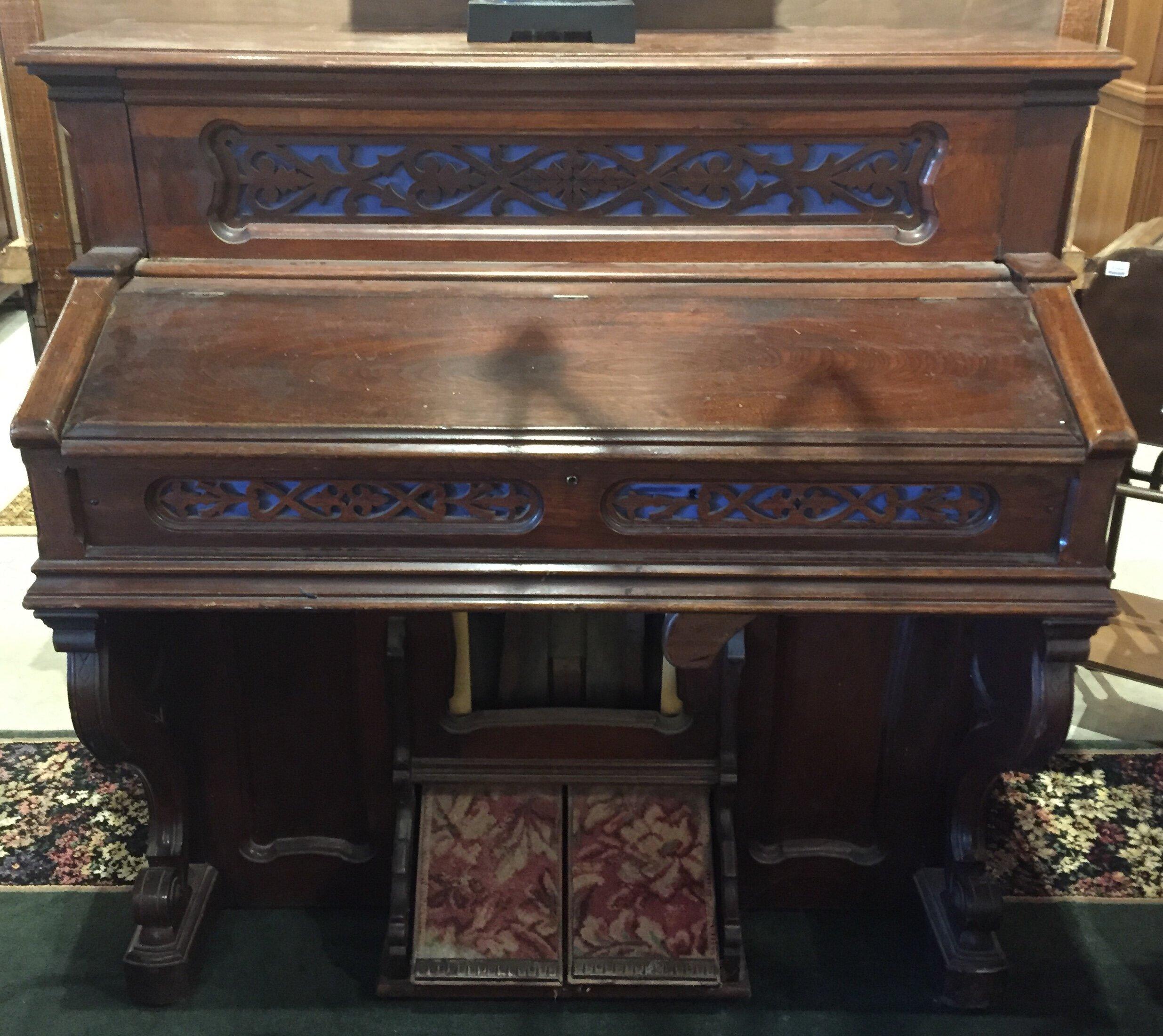 """Vintage Organ """"As Is"""" $119.95 - C1129 24350"""