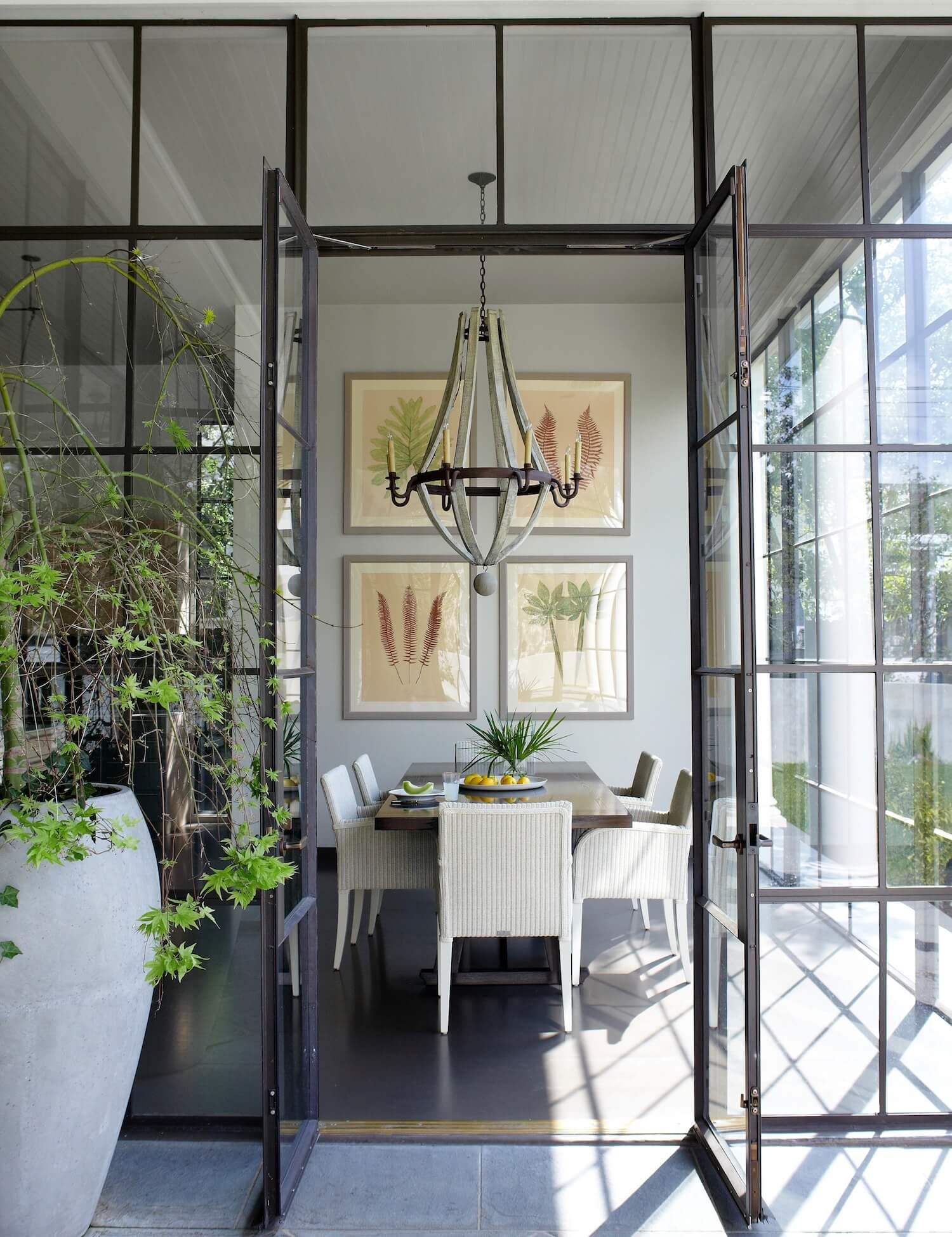 AHD-beautiful-accent-pieces-plants.jpg