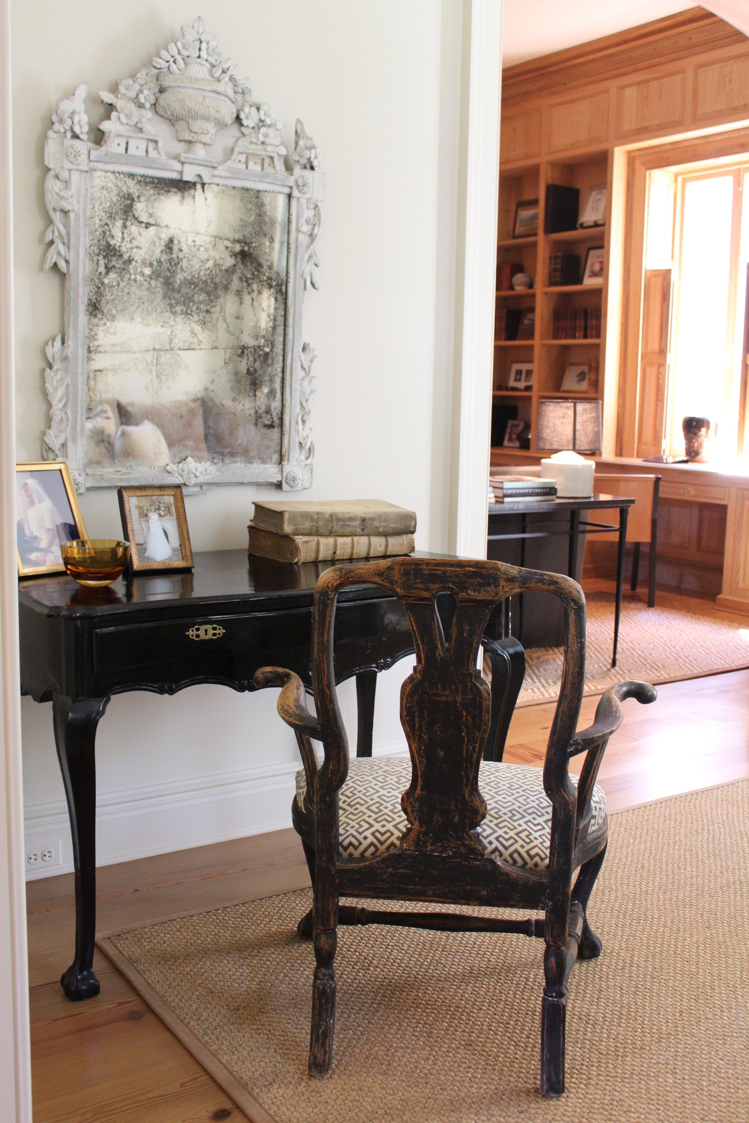 black and white interior design by Ann Holden Design