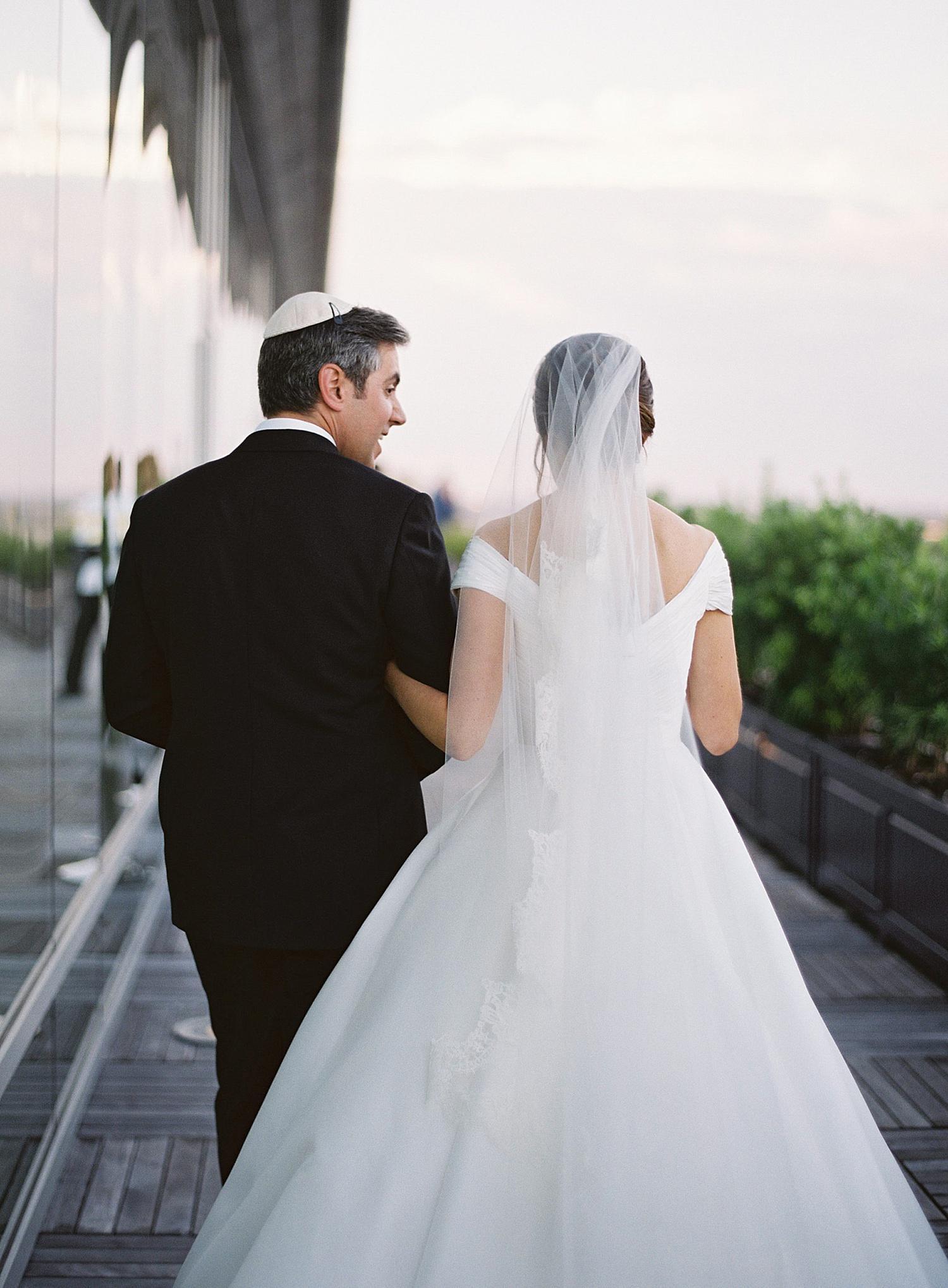 16_dewberry_charleston_wedding.jpg