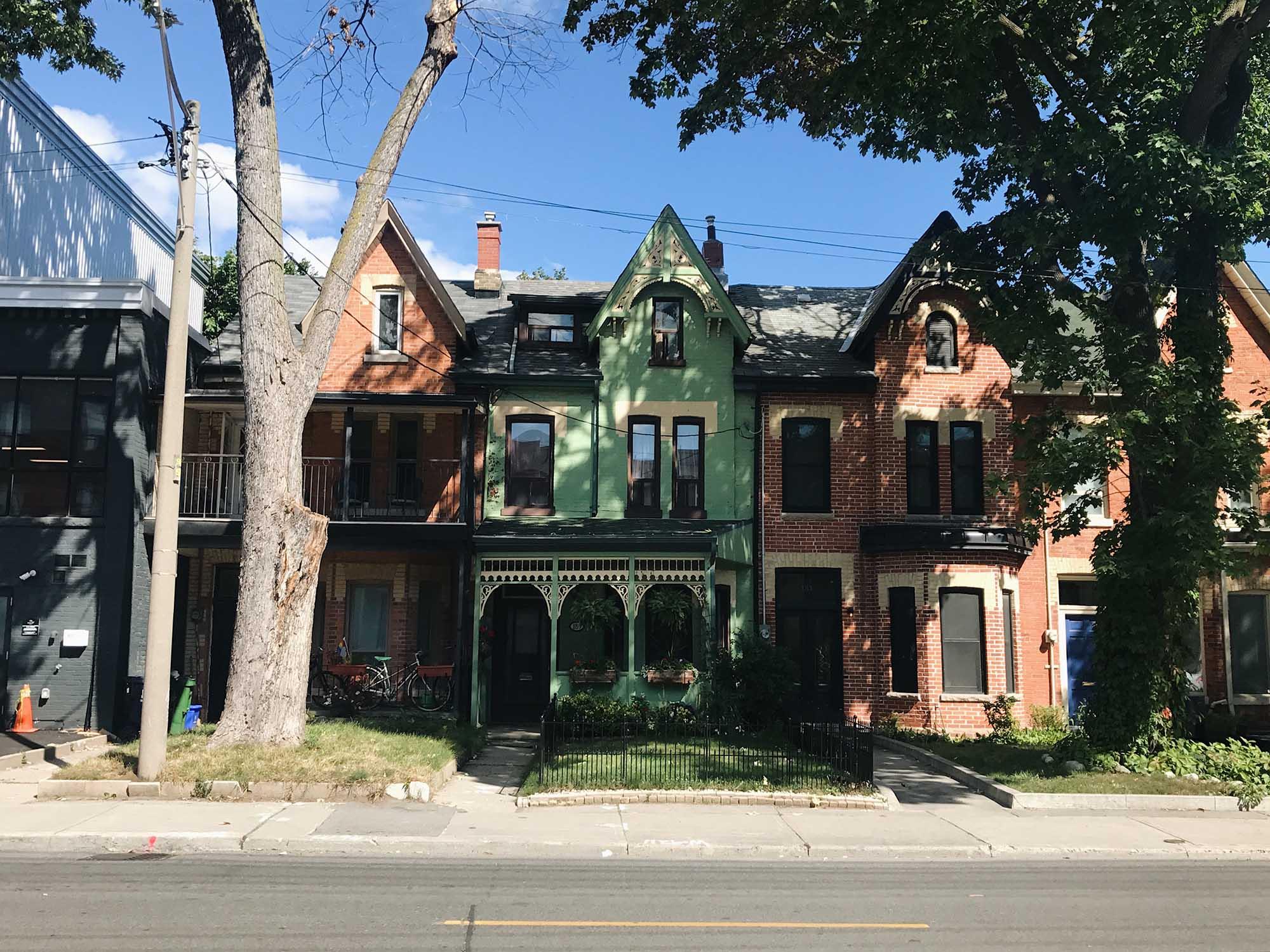 Toronto Houses.JPG