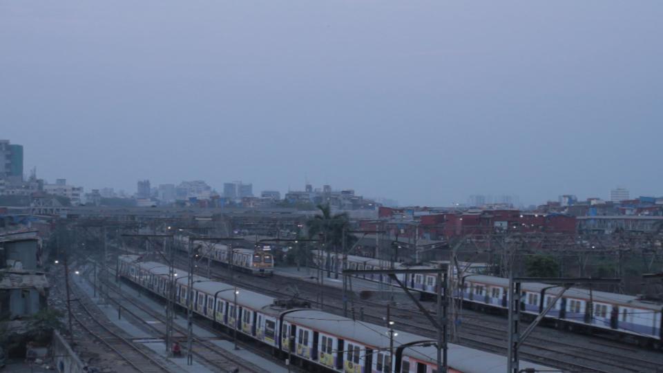 Train 01.jpg
