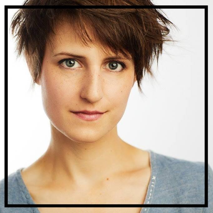 Claire Anderson (Fox/Hunter)