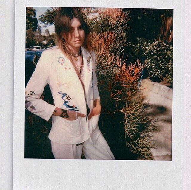 Read about Jane Addams, the stitch happy bad ass behind @zigzagpatchco who revives old threads and creates custom freehand embroidered patches 👉🏼link in bio. . . . Feat. @jaymedarling in the latest @zigzagpatchco x @rustycuts collab  #ledzeppelin #pantsuit