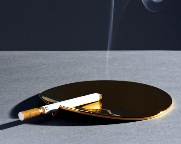 design-ashtray-fetish-by-joe-doucet-a-fashion-accessory-2-624.jpg