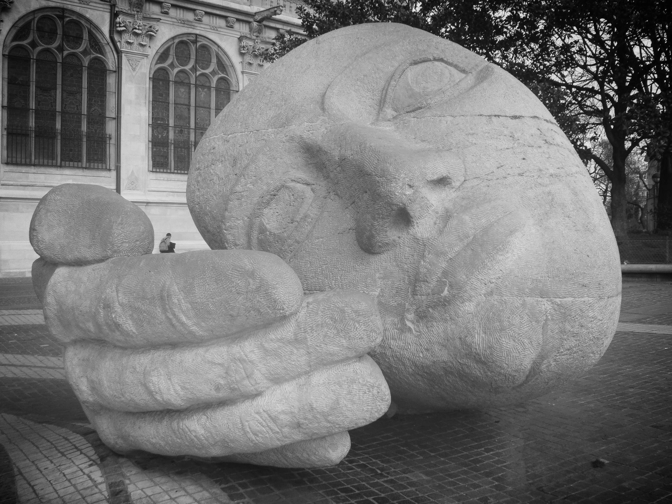 Photography: tM | Henri de Miller | Paris, France