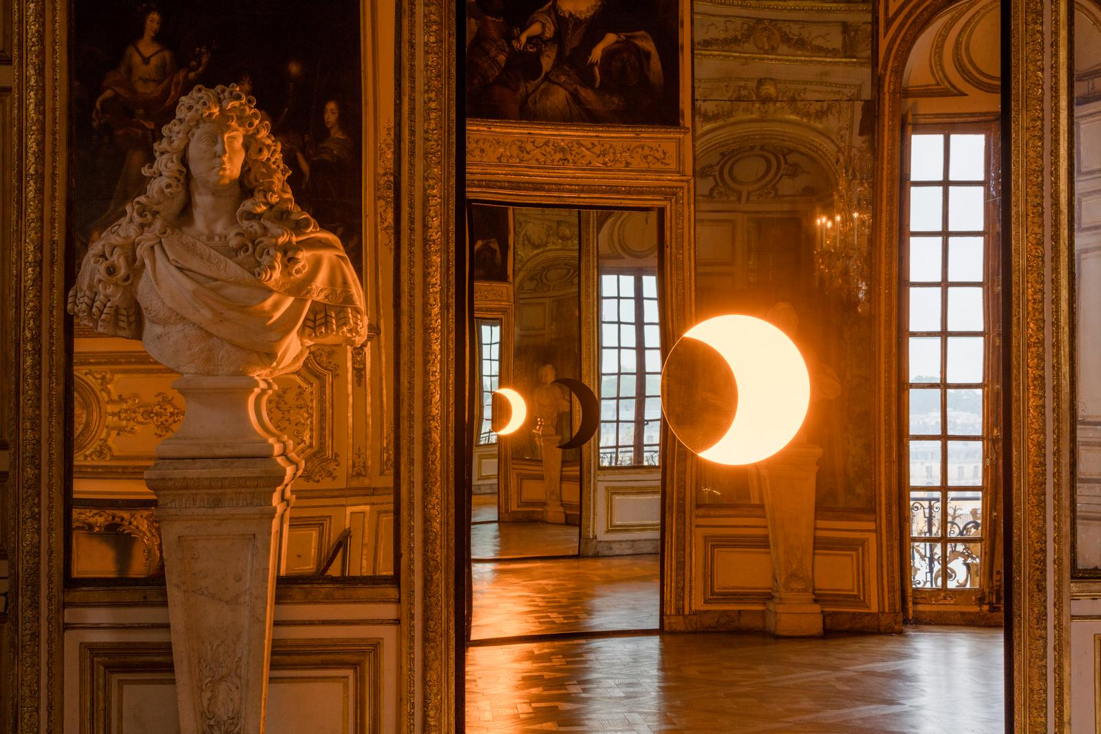 Photography: Anders Sune Berg | Artist: Olafur Eliasson: The Return of the Sun King | Deep Mirror (Yellow) Deep Mirror (Black) | Palace Versailles, 2016