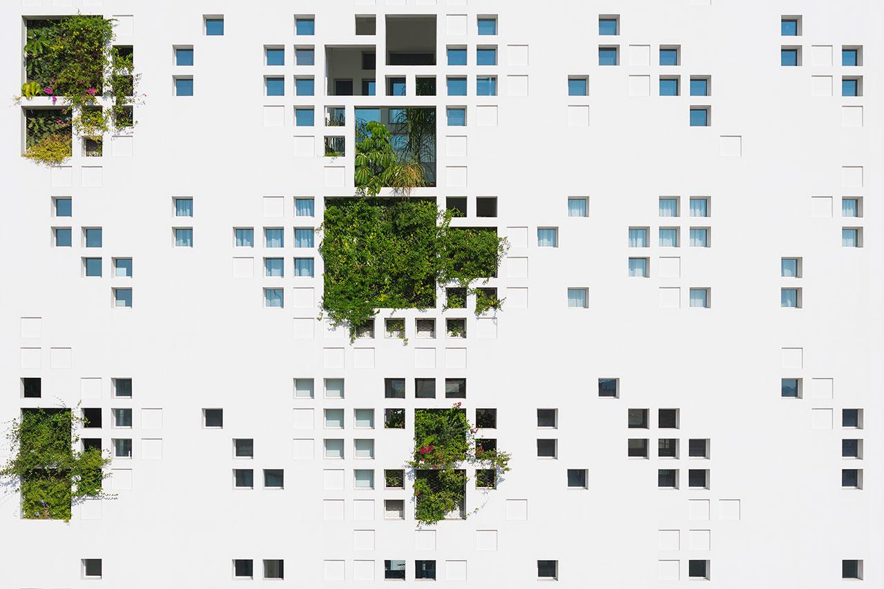 f4_white_walls_nicosia_cyprus_ateliers_jean_nouvel_photo_by_yiorgis_yerolymbos_yatzer.jpg