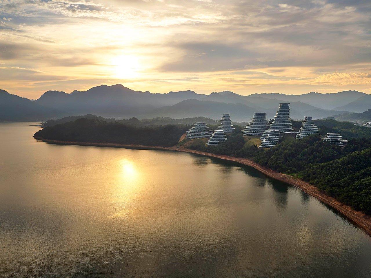 f13_mad_architects_huangshan_mountain_village_anhui_china_yatzer.jpg