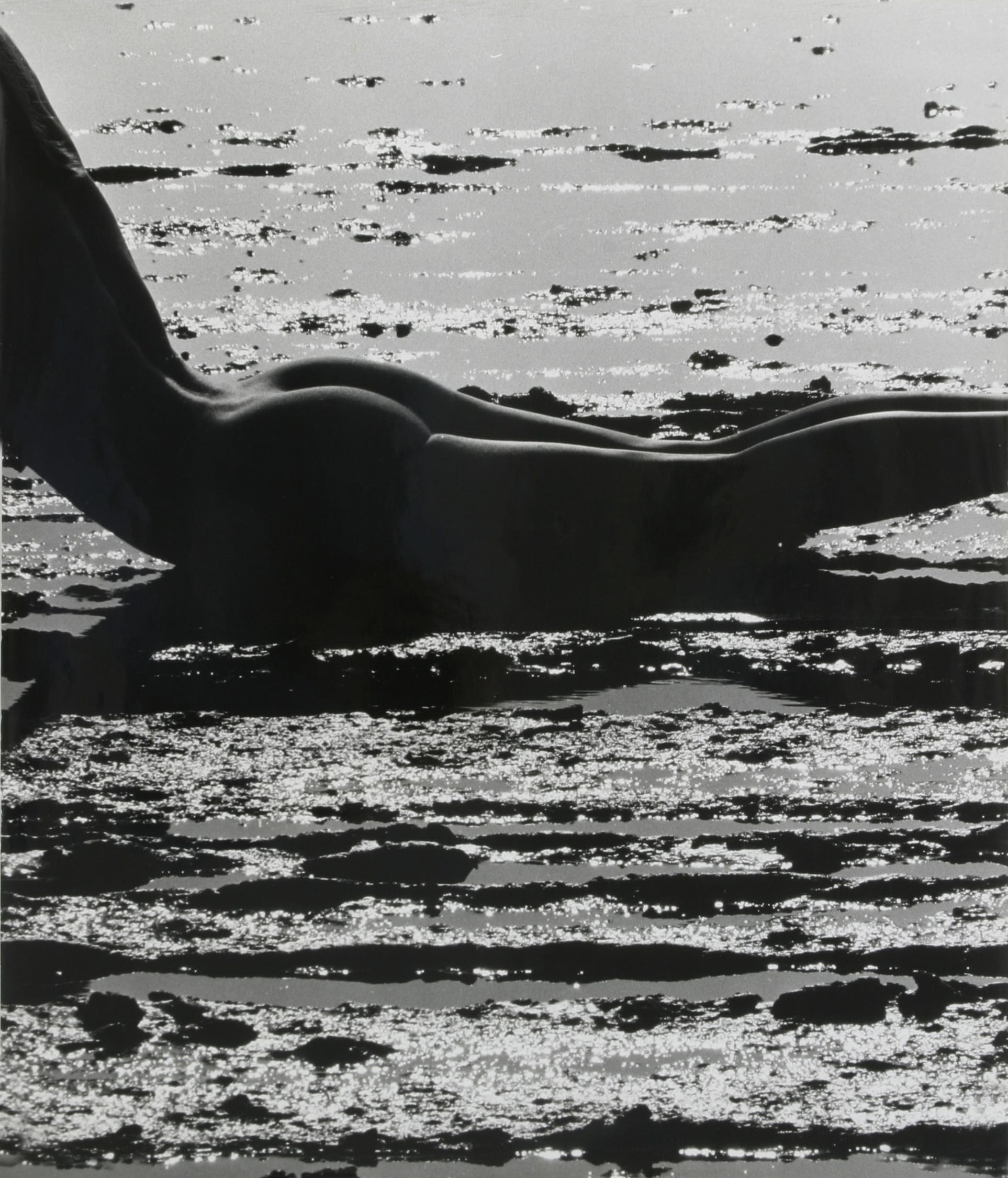 0305-Clergue-nudo-in-mare.jpg
