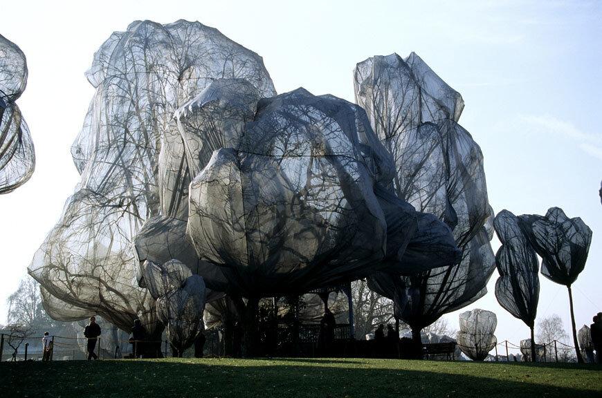Artist: Jeanne Claude & Christo | Berower Park, Switzerland, 1997-1998