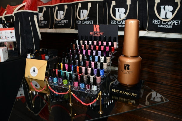 Sourced vendors and negotiated contracts for Red Carpet Manicure's booth at the 2014 Oscars Style Lounge: furniture, step and repeat, gift bags, and promotional items