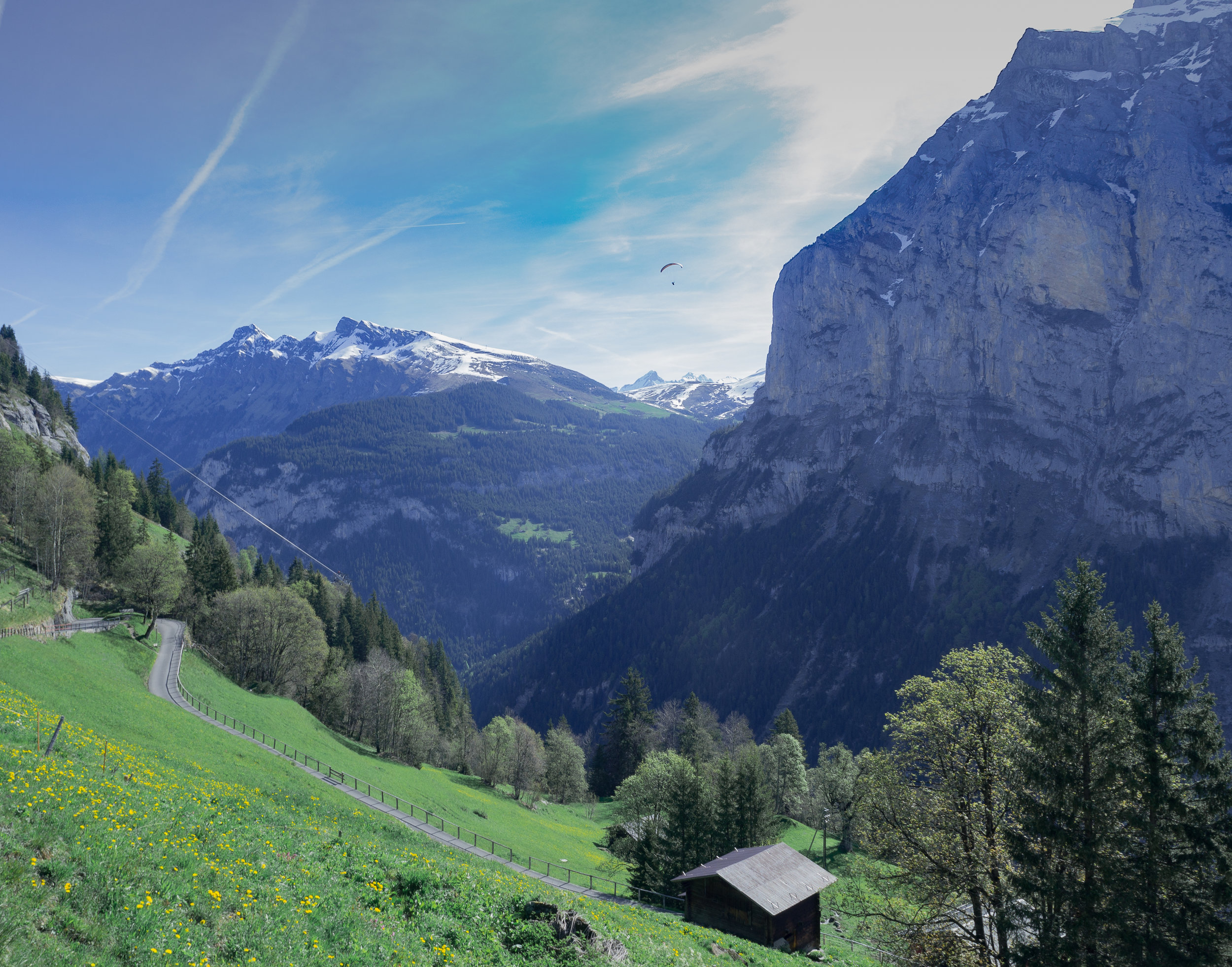 Hiking to Gimmelwald