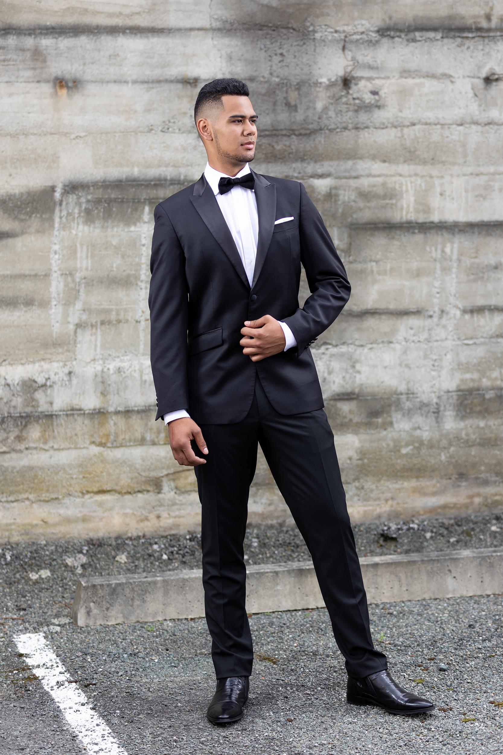 Oscar - Regular Fit- Peak lapel with satin finish- 2 button suit jacket- Straight leg suit trouserHire price $120 NZDReg: 88—132Short: 88—116Tall: 92—116