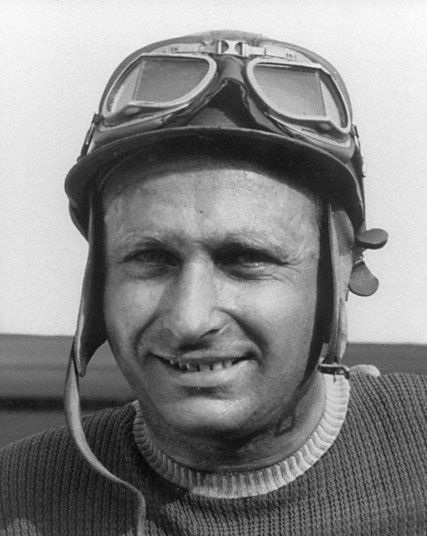 1954  World Champion - Juan Manuel Fangio (Argentina)