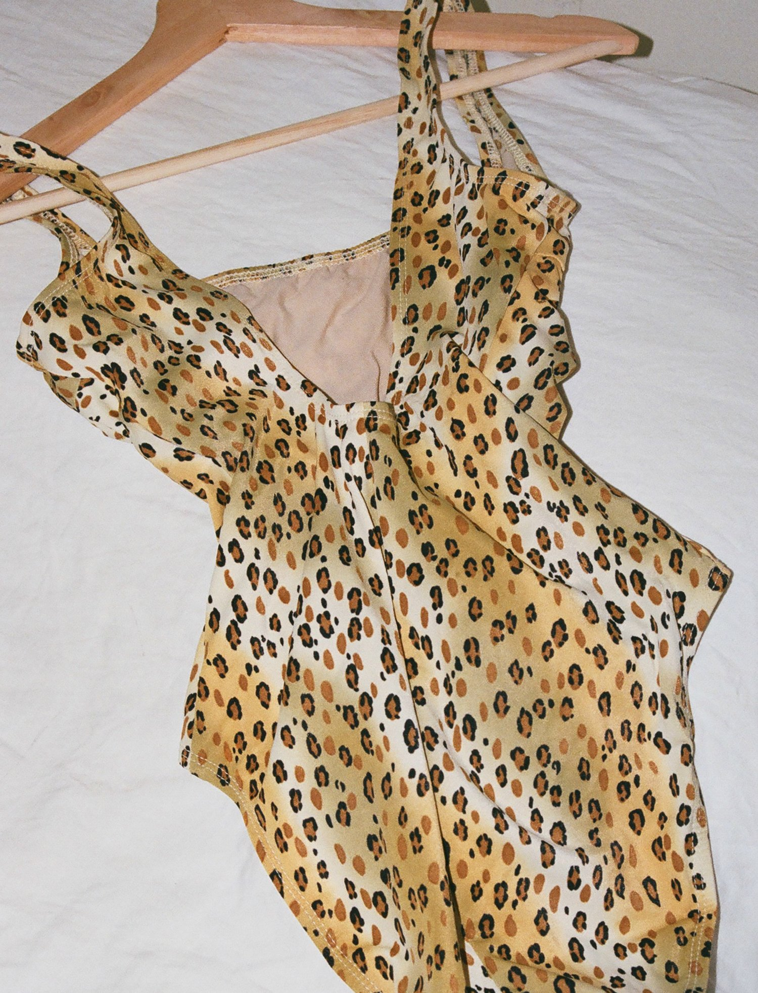 Image via  LuciaZolea.com