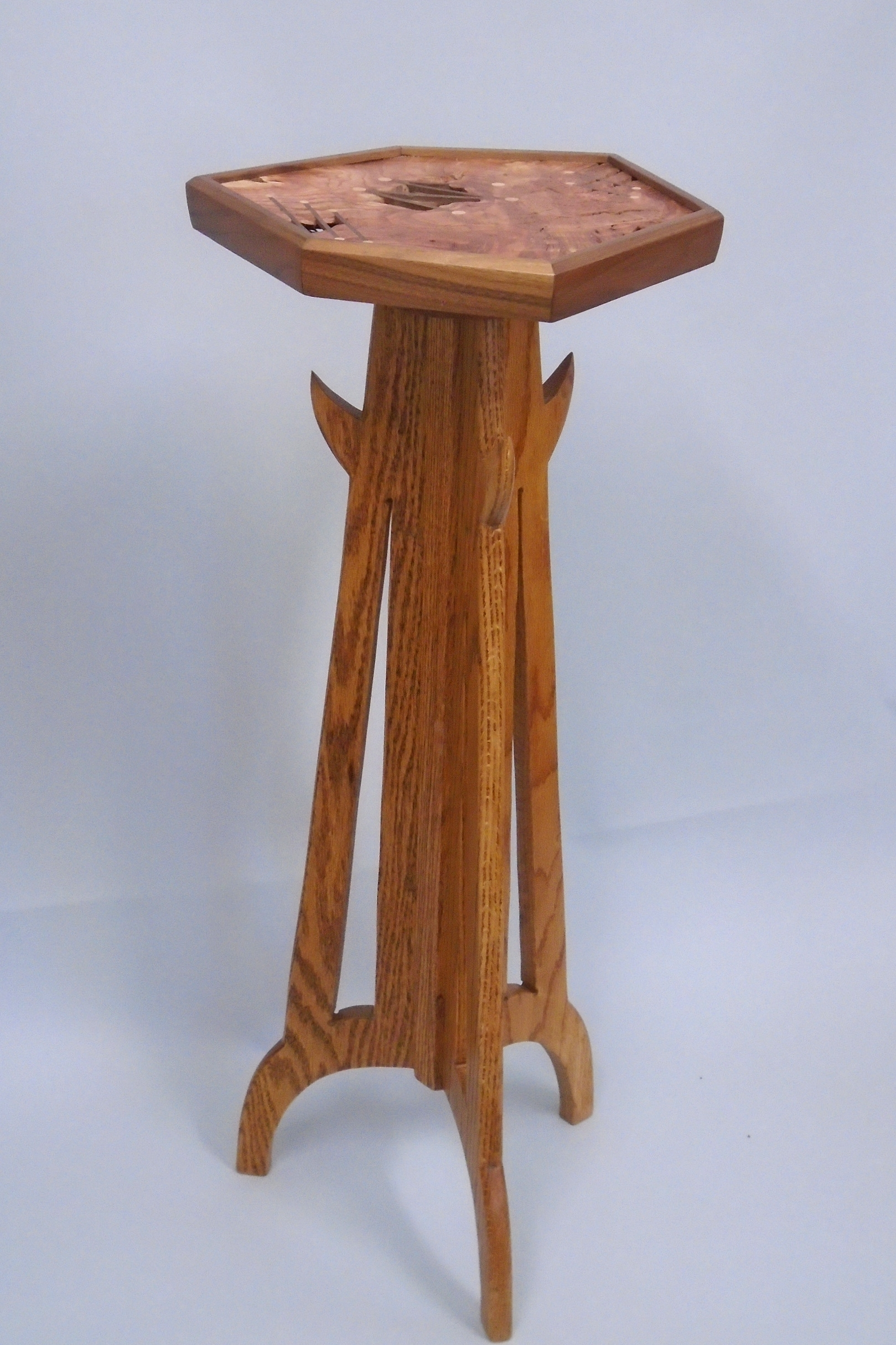 Pedestal with inlay top, 2017