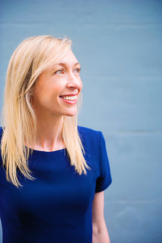 Dr Jodie Lowinger