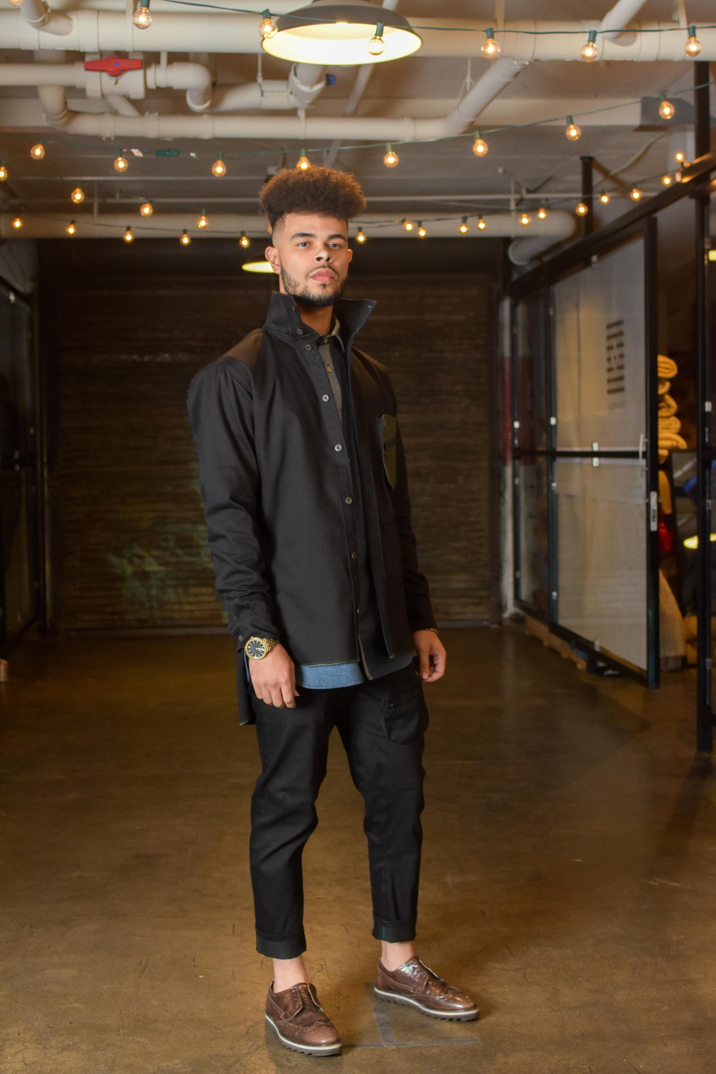 Stetch denim high neck shirt, flannel chambray raglan sleeve shirt, stitch denim trousers with thigh pocket.