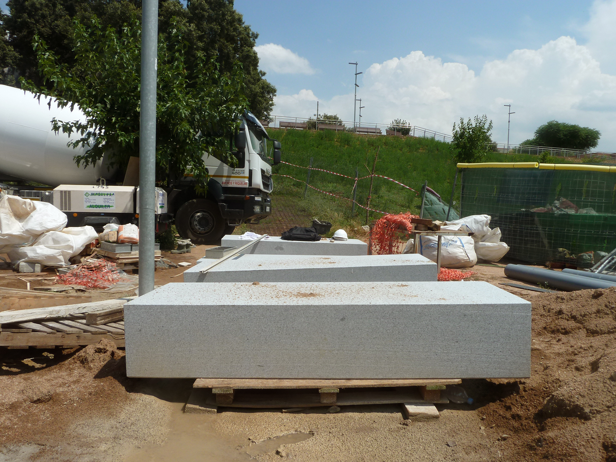 SKATE-ARCHITECTS-EL-PONT-DE-VILOMARA-P1140963.jpg