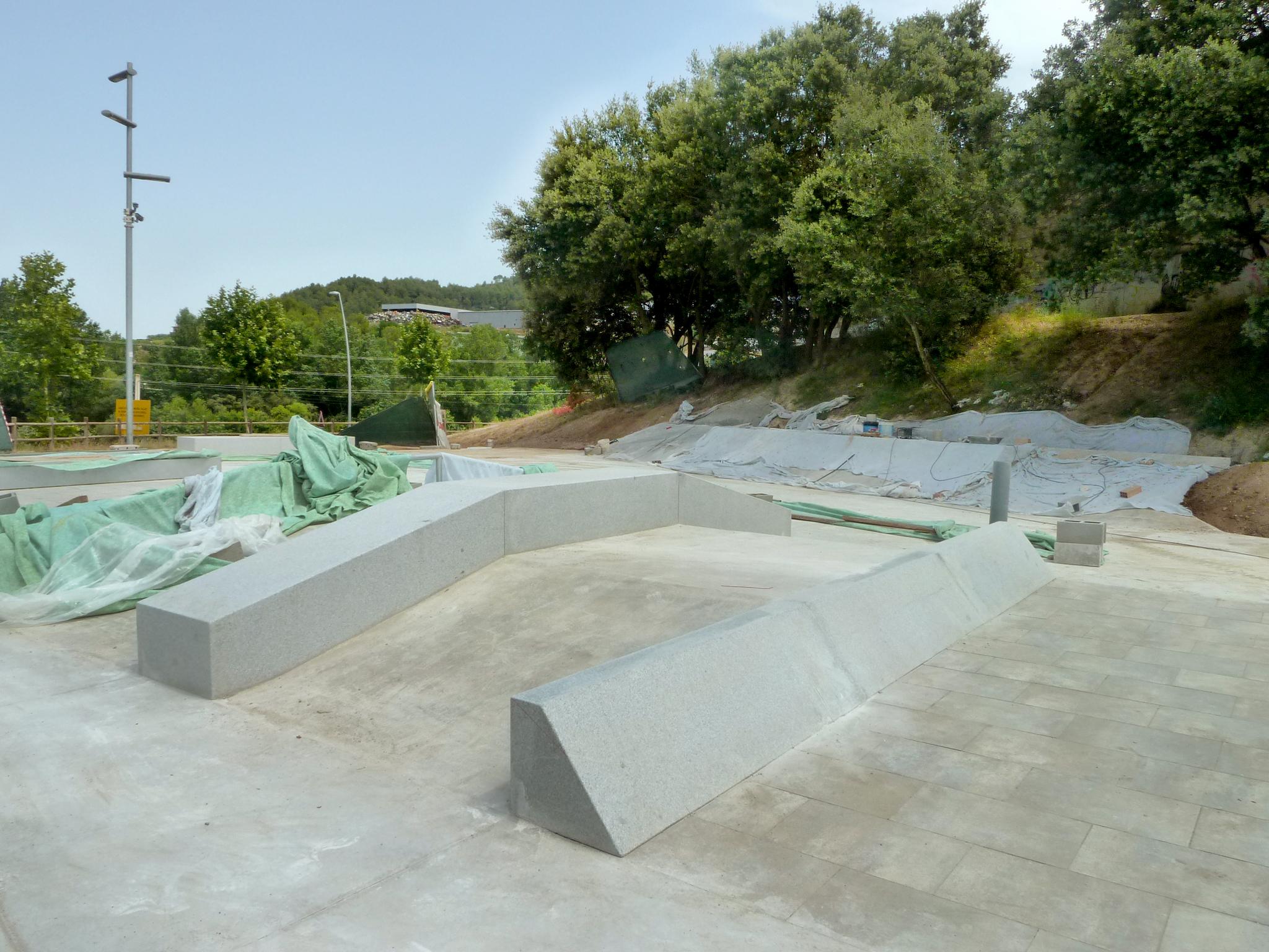 SKATE-ARCHITECTS-EL-PONT-DE-VILOMARA-P1150136.jpg