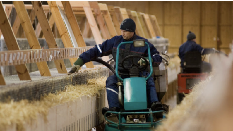 ANIMAL WELFARE - Saga Furs actively contributes to the improvement of animal welfare as there is a direct link to quality. Saga Certification is the most important tool in the measurement of animal welfare to which WelFur brings new tools for assess and secure highest-level of animal husbandry.