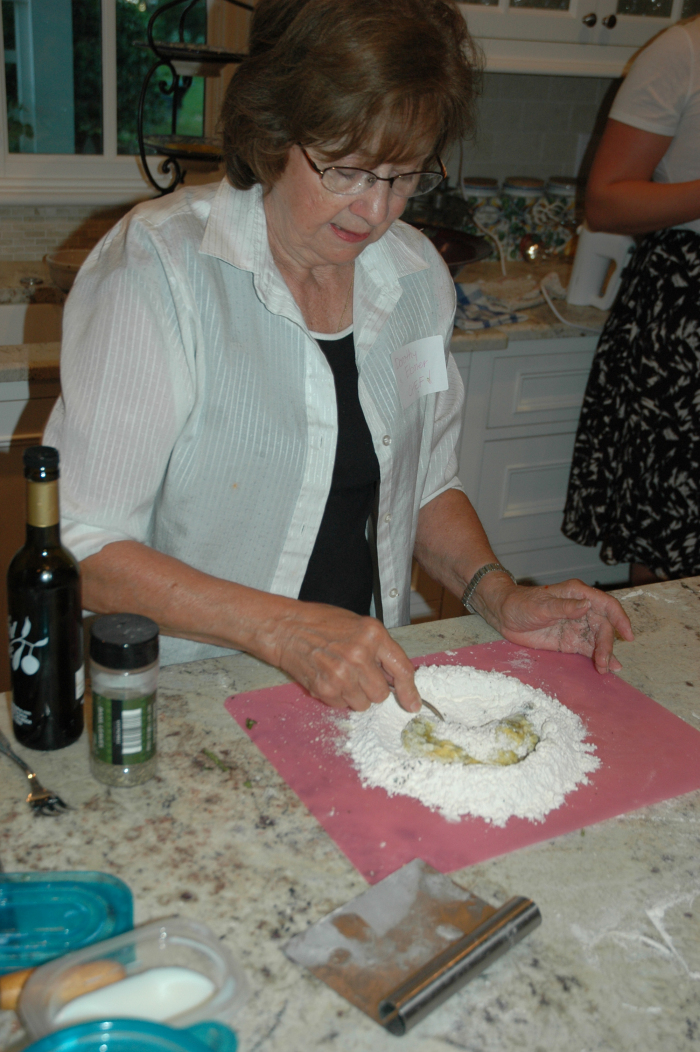 13-preparing-noodles_0075.jpg