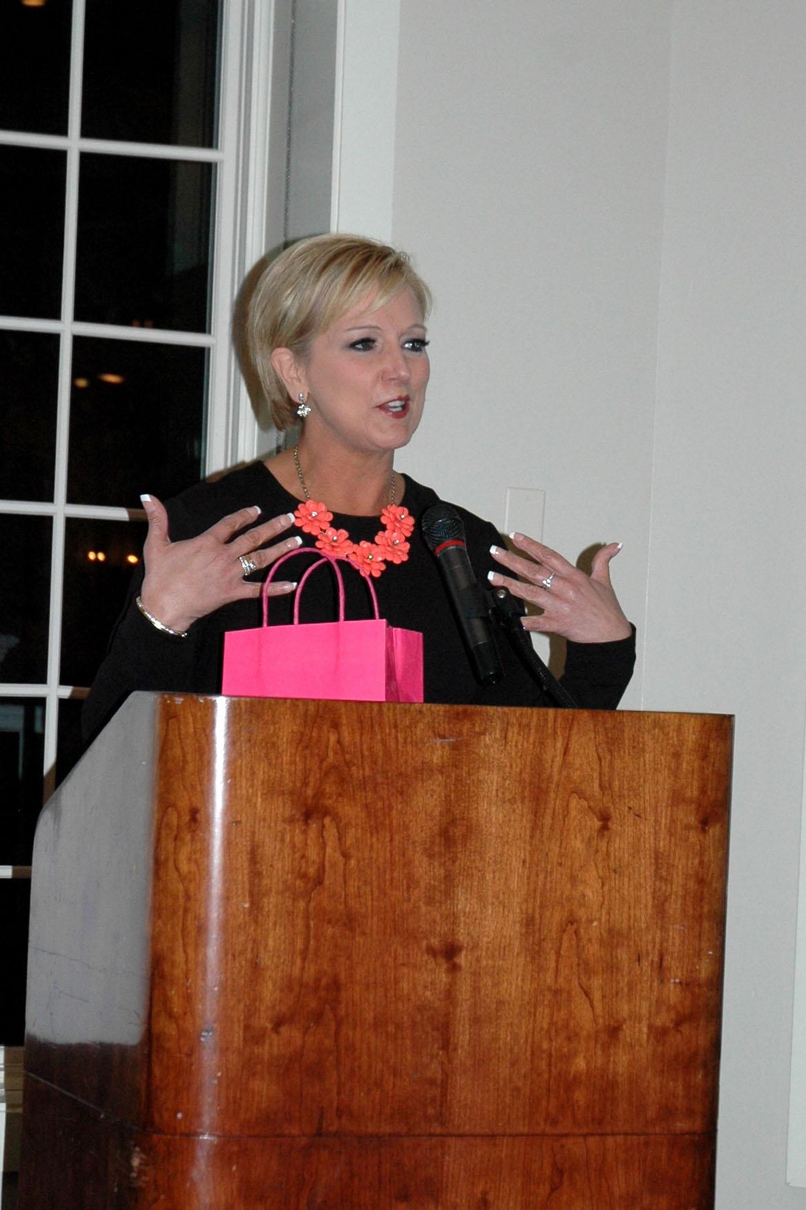 Kelly Eckerman – KMBC 9 News Anchor