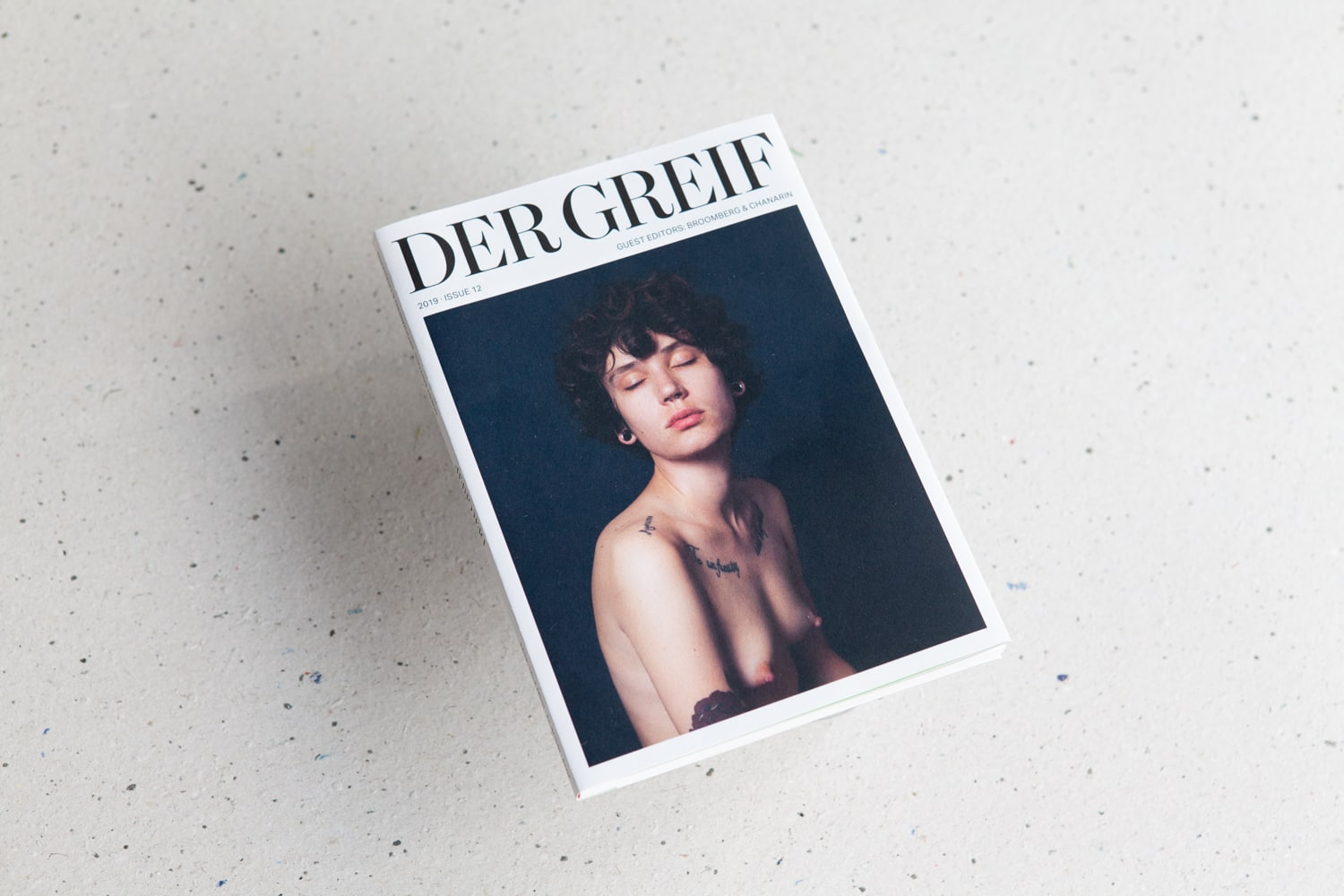 Der Greif x Broomberg and Chanarin - Issue 12 - Der Greif's latest issue guest edited by Broomberg and Chanarin.Entitled