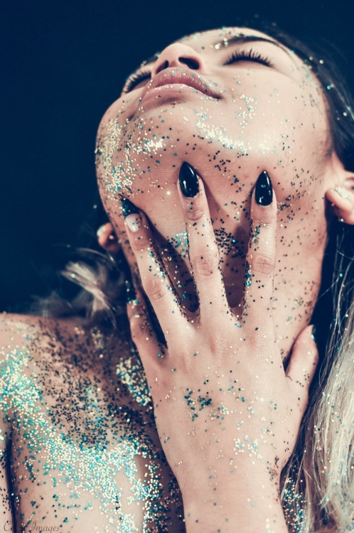 GLITTER BECAUSE SAGITTARIUS. CLICK TO SEE CREDITS & MORE GLITTER.