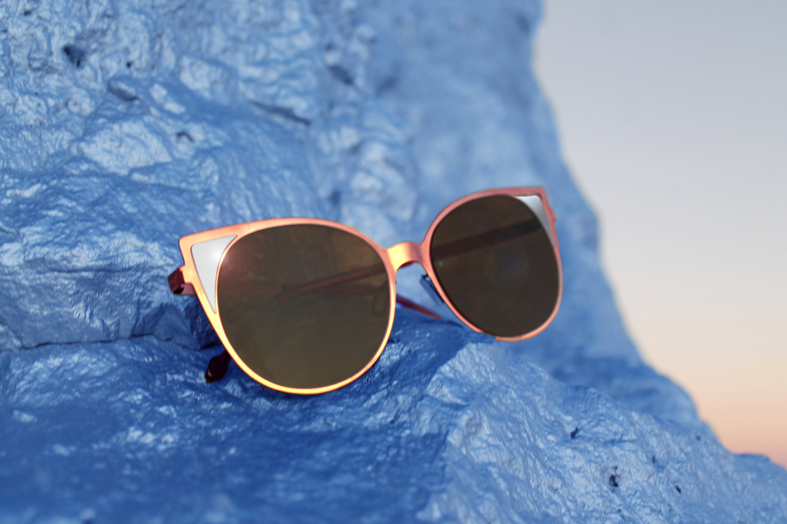 The Dunes frame, named after the Dunes Casino in Vegas, at Seven Magic Mountains.  Shop the style .