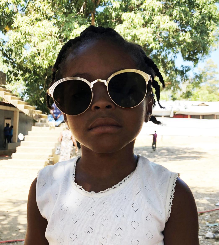@megdowdy's new friend models the    É  tienne Marcel  sunglasses.