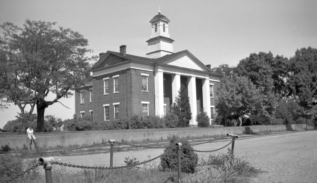 N_56_9_108 Polk County Courthouse.jpg
