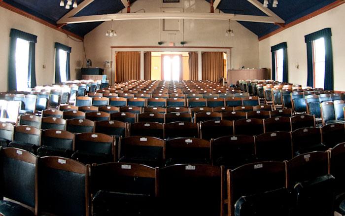 Eliot Hall, Theater