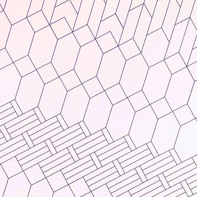 🔮 #purple #polygon #patterns
